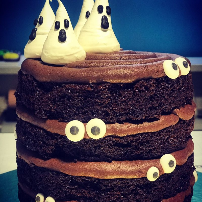 Mini Ghost cake for 5